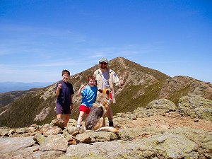 the samurai, his samurai guys, and the bubba on the franconia ridge--click for larger view